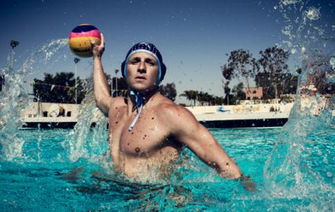Tony Azevedo playing water polo.