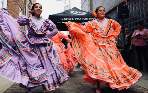 A pair of Hispanic dancers.